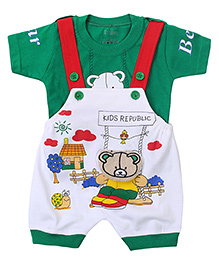 Babyhug Dungaree With Half Sleeves T-Shirt Bear Print - Green And White