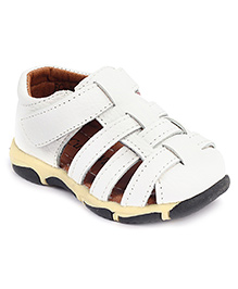 Cute Walk Casual Sandals With Velcro Strap - White