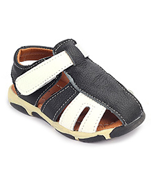 Cute Walk Sandals With Velcro Closure - White And Black