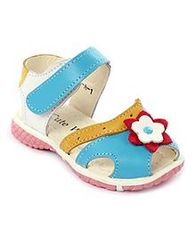 Cute Walk Velcro Sandals Flower Applique - Blue