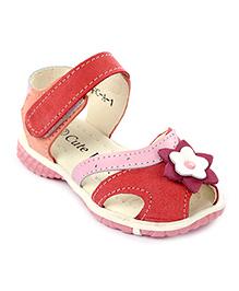 Cute Walk Velcro Sandals Flower Applique - Pink