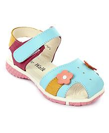Cute Walk Sandals Velcro Closure Flower Applique - Blue