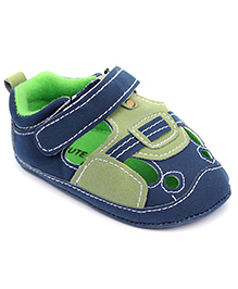 Cute Walk Shoes Style Baby Booties Velcro Closure - Blue N Green