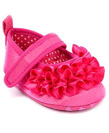 Cute Walk Ruffle Pattern Booties - Pink