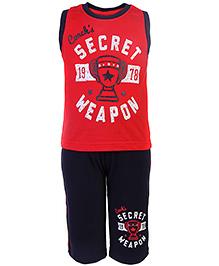 Taeko Sleeveless T-Shirt And Three Fourth Shorts Set - Red And Navy