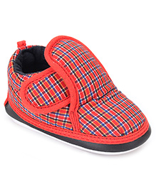 Little's Musical Booties With Velcro Closure Check Pattern - Red And Blue