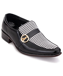 Sweet Year Slip-On Formal Shoes - Black