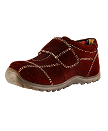 Beanz Shoes With Velcro Closure - Maroon