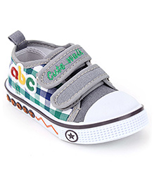 Cute Walk Alphabet Patch Check Print Shoes - Grey