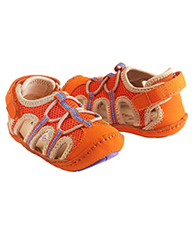 Rileyroos Patrick in Orange Baby Shoe