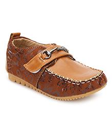 Cute Walk Velcro Closure Loafers - Brown