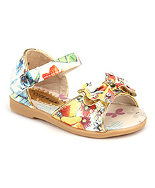 Cute Walk Studded Bow Applique Sandals - White And Multicolor