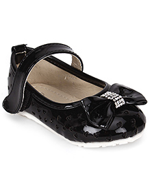 Cute Walk Bow And Hearts Belly Shoes - Black