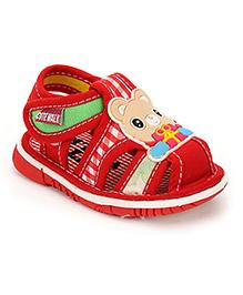 Cute Walk Bear Applique Squeaky Sandals - Red