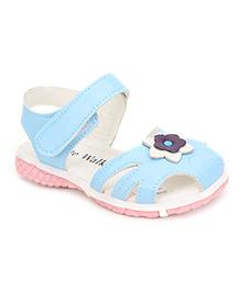 Cute Walk Sandals Flower Motif - Light Blue