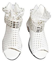 Lil Picks Mesh Sandals - White