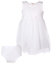 Fox Baby Sleeveless Frock With Bloomer Bow Applique - Off White