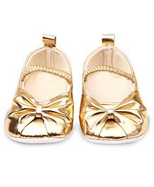 Princess Cart Golden Mary Jane Shoes - Golden