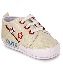 Cute Walk Shoes Style Booties Star Embroidery - Cream
