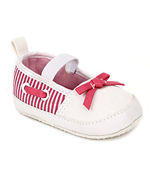 Cute Walk Slip-On Style Booties Stripes - White And Pink