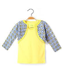 Ikat by Babyhug Racer Back Top And Printed Shrug - Yellow And Grey