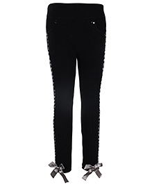 Cutecumber Fitted Leggings With Bow Accent - Black