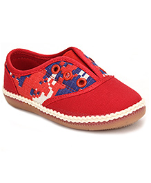 Doink Canvas Tie Up Style Sport Shoes - Red
