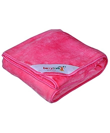 Berrytree Solid Colour Baby Blanket - Pink