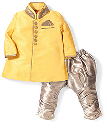 Ethnik's Neu Ron Full Sleeves Kurta And  Jodhpuri Breeches - Yellow & Golden