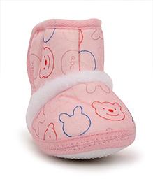 Cute Walk Baby Booties Bear Face Design - Pink