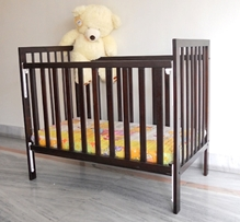 Wudplay - Sliding Rail Crib CR 010