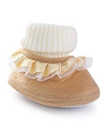 Cute Walk Baby Booties - Golden