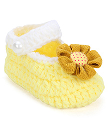 Cute Walk Booties Floral Applique - Yellow White