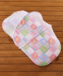 Babyhug Bedding Set With Mosquito Net Animals In Checks Print - Pink