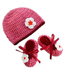 Bambino Hat and Booties Pale Rose