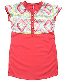Campana Short Sleeves Kurti With Printed Yoke - Peach
