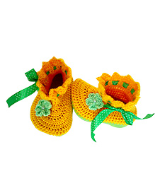 My World Of Crochet By Neelam Flower Booties - Yellow