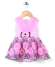 Lei Chie Dress  With Flower Applique - Pink