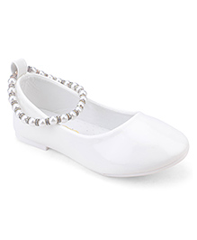 Doink Belly Shoes Pearl Detail - White