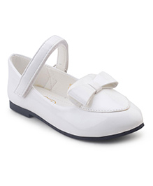 Doink Belly Shoes Bow Applique - White