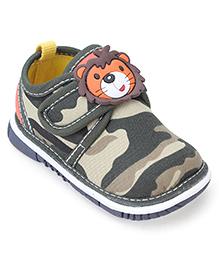Cute Walk Casual Shoes Lion Motif - Green