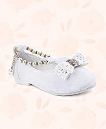 Cute Walk Belly Shoes Bow Applique With Pearl Detailing - White