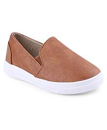 Cute Walk Casual Slip-On Shoes - Brown