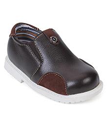 Cute Walk Slip-On Shoes - Brown