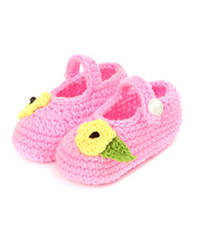Pikaboo Button Up Crochet Booties With Leafy Flower - Baby Pink