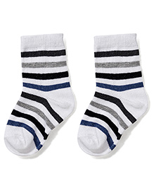 Cute Walk by Babyhug Ankle Length Striped Socks - White & Black