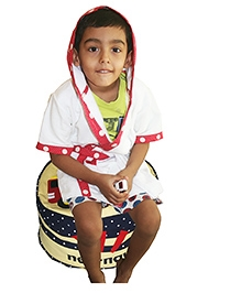 Kadambaby Short Sleeve Cotton Terry Hooded Multi Check Bathrobe - White Red