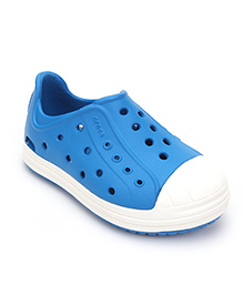 Crocs Shoes Style Clogs - Blue & White