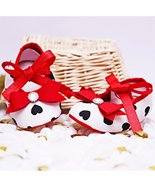 D'chica Pretty Shoes With Heart Print - White & Red