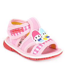 Cute Walk by Babyhug Sandals Checks Print - Pink